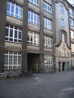 Hermannstrasse 48